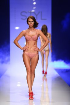 CHEEK BY LISCA - LINGERIE SHOW - STYL srpen 2016